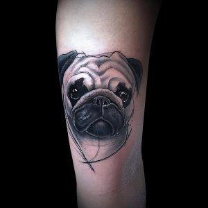 pug tatuaje